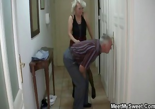 Man caught his girlfriend with his older mom and
